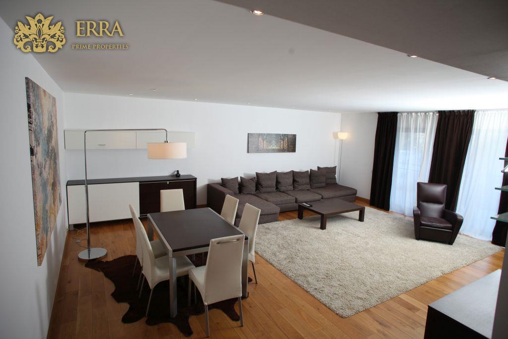 Apartament modern. Arcul de Triumf