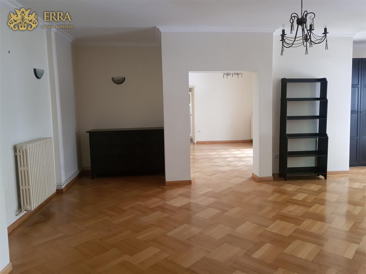 Locatie centrala. Office/rezidenta.. Dacia