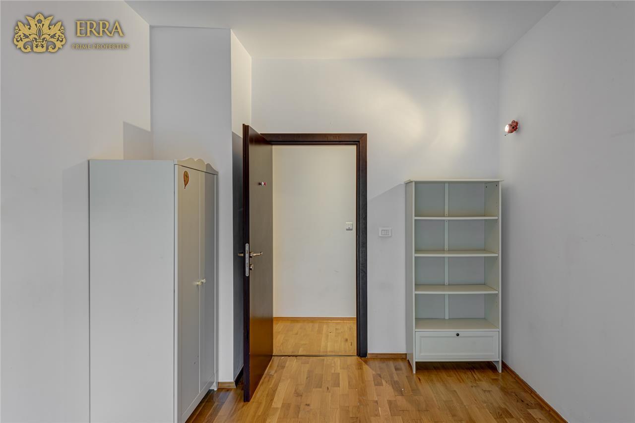 Apartament 3 camere cu gradina, 2 locuri parcare in garaj. Exclusivitate. Iancu Nicolae