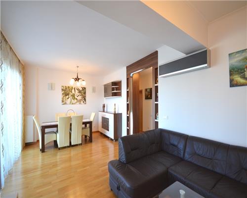 Apartament mobilat.