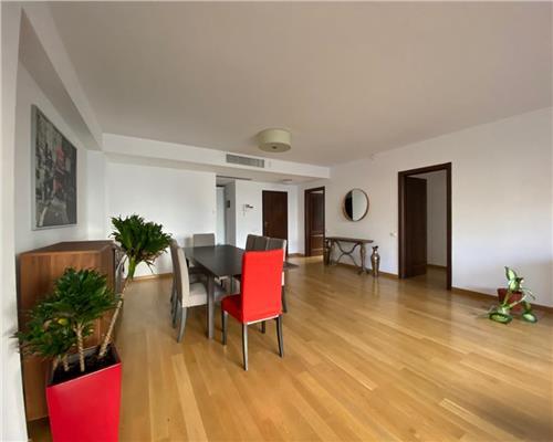 Apartament deosebit cu gradina proprie de 70mp.