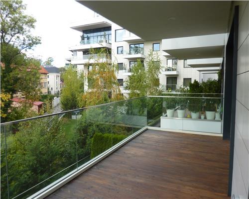 Apartament superb cu vedere la lacul Floreasca!