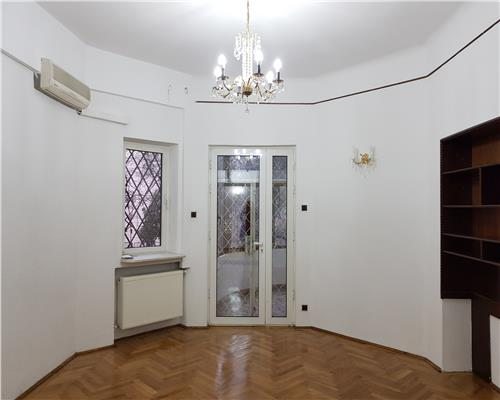 Apartament parter pretabil office/rezidential